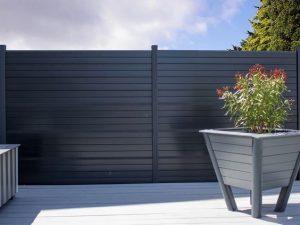 Choix clôture en composite